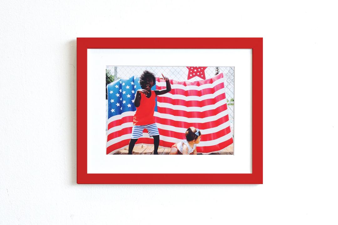 red stockholm frame