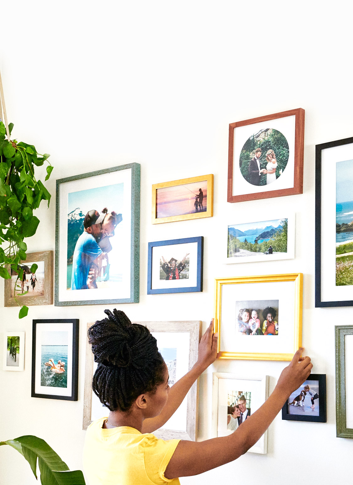 Frame the moments that matter.